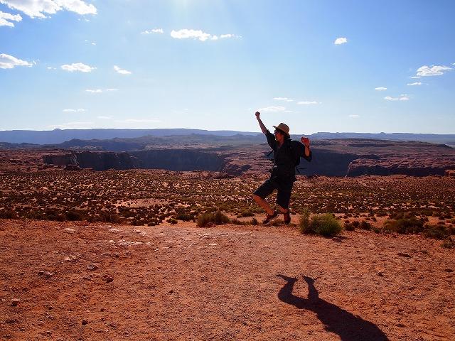 砂漠でジャンプ