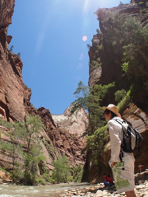 渓谷のせせらぎで大自然を感じる