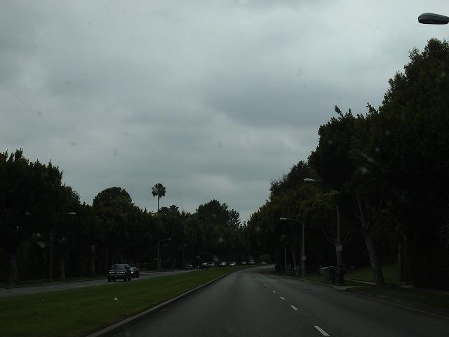 雨の中のドライブ
