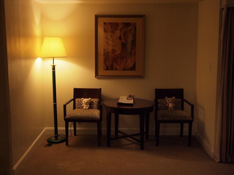 ホテルの椅子