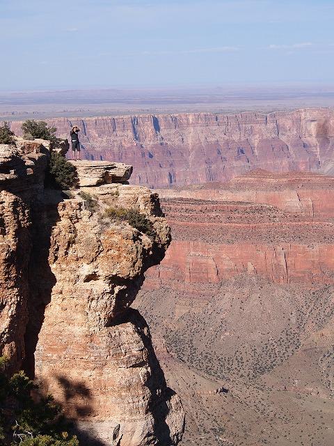 断崖絶壁の渓谷